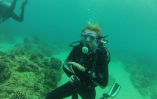 Emma Forbes conducting research in Hawaii